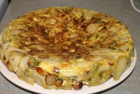 Mr.CBB's Spanish Potato Sausage Tortilla with Onions,Green Peppers and ...
