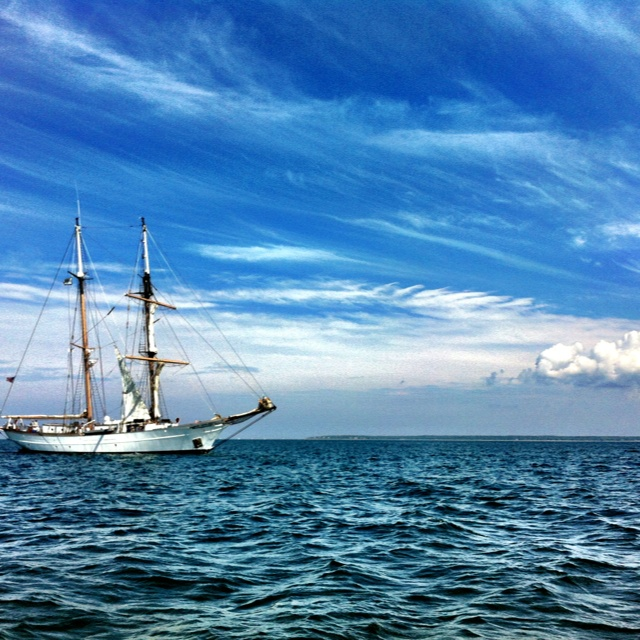 Corwith Cramer setting sails on Vineyard Sound.