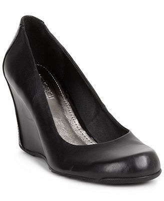 Kenneth Cole Reaction Shoes, Did U Tell Wedge Pumps