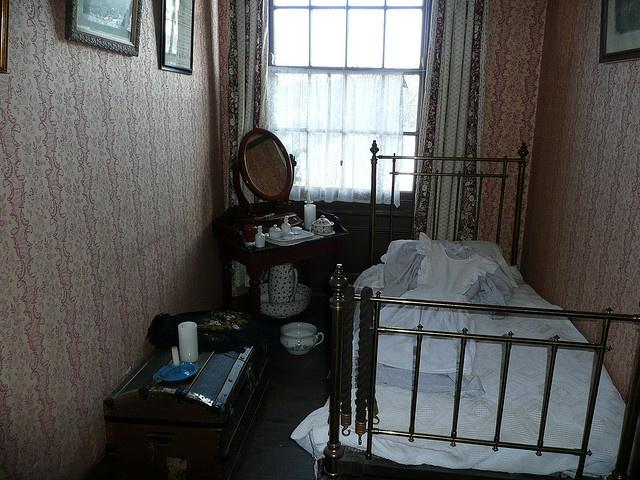 victorian housemaid's bedroom