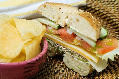 Veggie and Cheese Bagel Sandwich | Recipe
