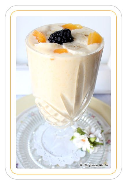 The Cottage Market: Meatless Monday Creamy Peach & Banana Smoothie