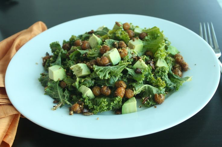 Crispy Chickpea Kale Salad is so fresh, crunchy, delicious and ...