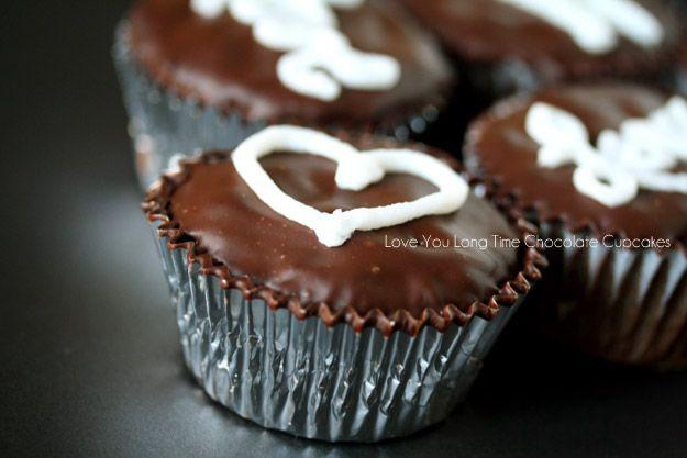 Paleo Chocolate Cupcakes | Chocolate | Pinterest