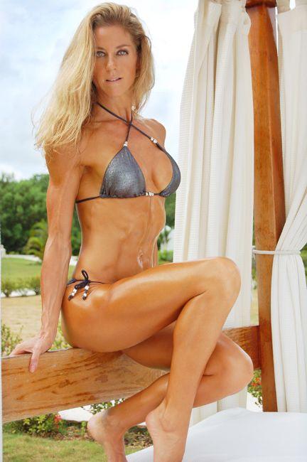 2008 Fitness Photoshoot Gallery: http://belindabenn.com/