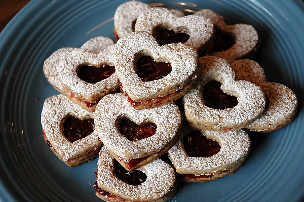 Heart Pecan Linzer Cookies with Raspberry Filling