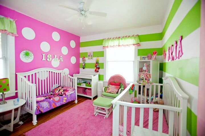 Pink and green girls room stripes and polka dots it is for Girls bedroom paint ideas polka dots