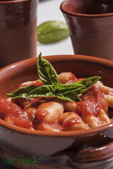 gnocchi with tomato sauce | Italian Style (Stile Italiano) | Pinterest