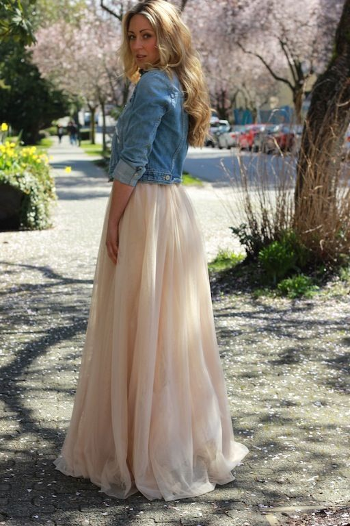 maxi's and cropped jean jacket - one of my seniors NEEDS to wear something like this!