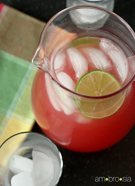Watermelon limeade. Easy & fresh for a #party.