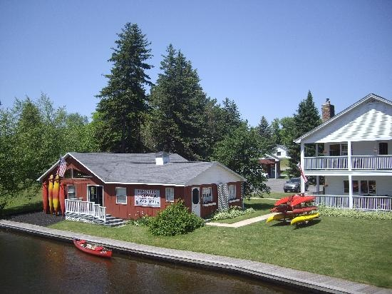 canoe livery grayling
