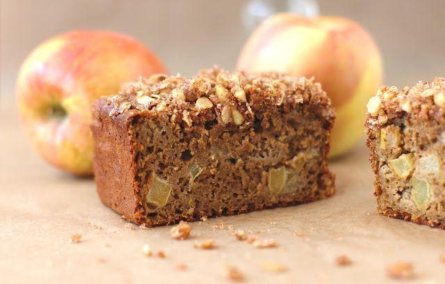 Apple Pie Bread with Walnut-Oatmeal Streusel - MMM...