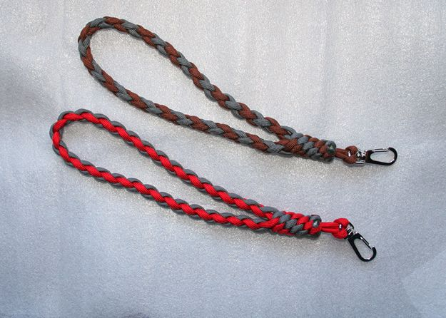 para cord projects If you like paracord you need to look into these these 18 hunting uses for paracord and start knotting today.