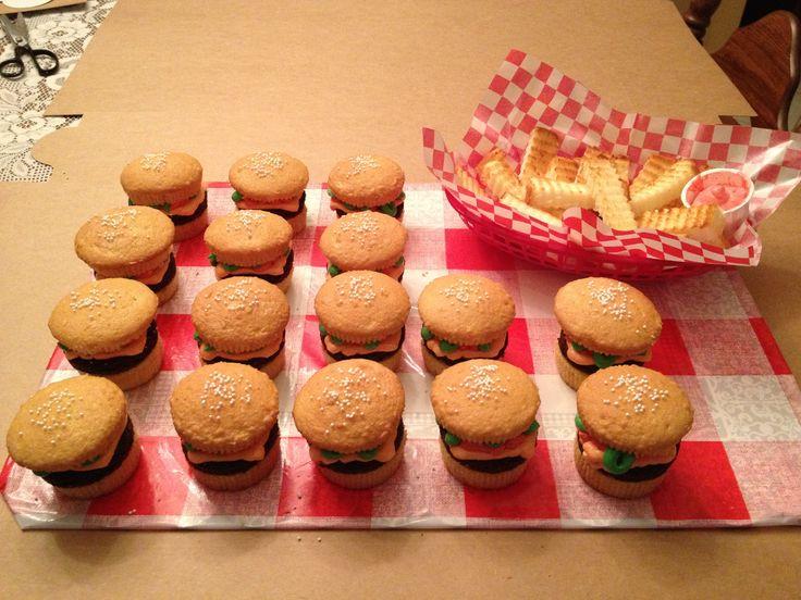 Hamburger & fry cupcakes | J' Adore Cupcakes, Cake & Pops | Pinte...