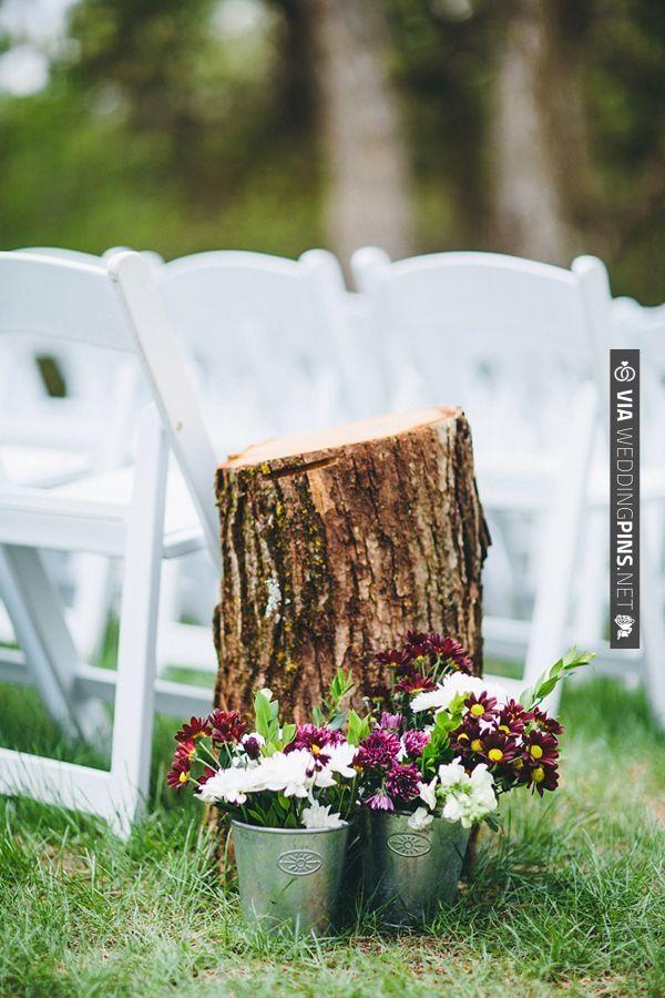 Tree stump ceremony aisle decor rustic wedding ideas - Tree stump decorating ideas ...