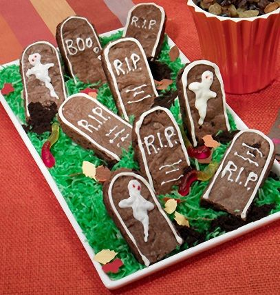 Halloween Tombstone Brownies | Cookies and Such | Pinterest