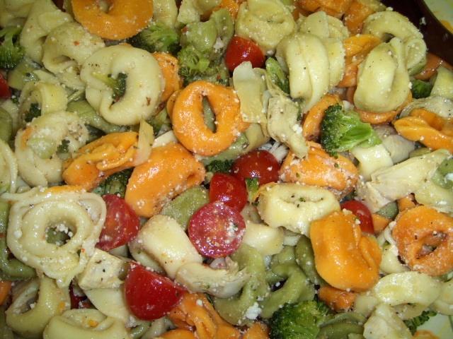 Tortellini Salad   Scrumptious Salads   Pinterest