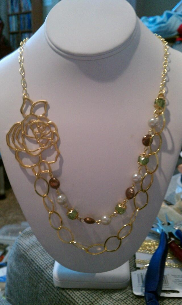 Reusing pieces from old jewelry make this asap pinterest