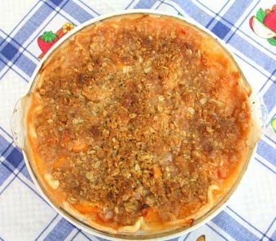 Peach Crumble Pie...making this tomorrow!
