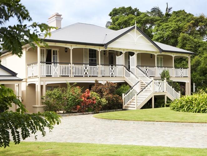 Queenslander for the home pinterest for Classic queenslander house