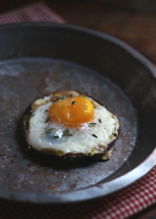 Recipe: Farm Egg in a Portobello Mushroom with Fresh Thyme