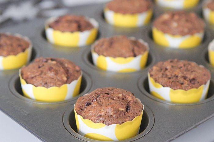Dulce de Leche Chocolate Banana Muffins - picky-palate.com link to ...