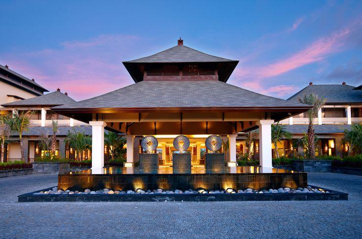 Porte cochere destination indonesia pinterest for Porte cochere