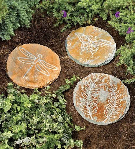The Natural Garden With Stepping Stone Craft Ideas