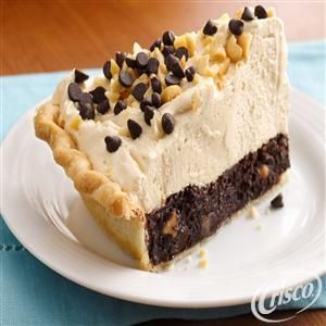 Mile-High Peanut Butter-Brownie Pie from Crisco®