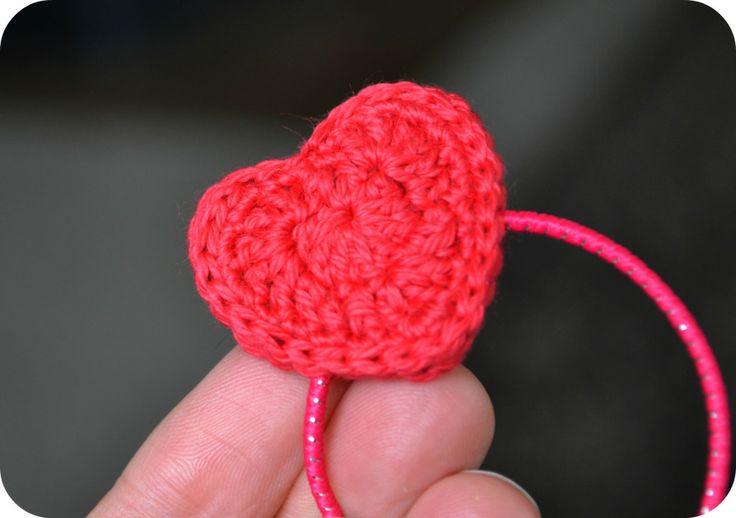 Crochet Hair Tie Patterns : Crochet Heart hair tie free pattern Crochet, kids Pinterest