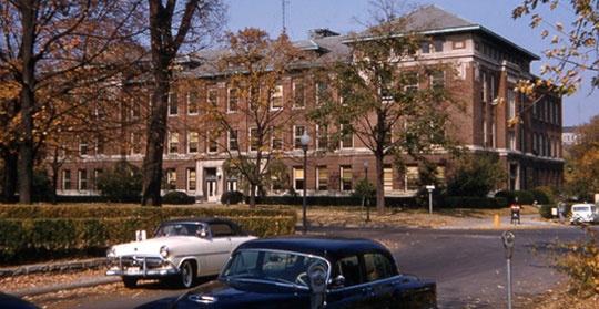 Essay question for final University of Illinois, Urbana Champaign CHLH ...