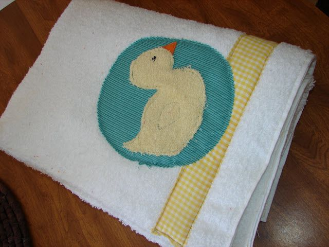 Next up....baby bath bed - A girl and a glue gun