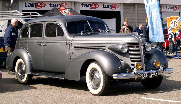 1937 buick super 4 door sedan 3 buick pinterest for 1937 buick 4 door sedan