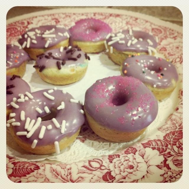 mini cake batter donuts. Delish. | recipes | Pinterest