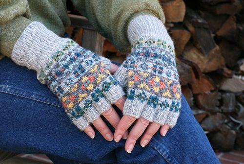 Fair Isle pattern knitting / fibercraft Pinterest