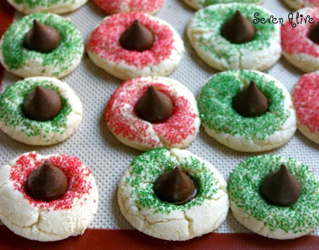 Fun easy Christmas cookies (...variation using the Russian Tea Cakes ...