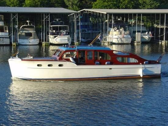 Chris Craft 40' double cabin cruiser - Bing Images
