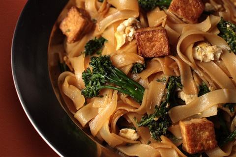 Tofu and Broccolini Pad See Ew