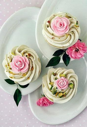Pistachio creams | YUMMIES | Pinterest