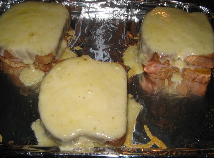 Hearty Ham and Cheese Sandwich(Croque Monsieur)