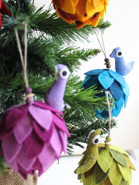 five christmas balls via Flickr