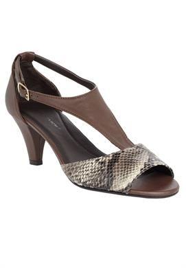 Wide Width Morgan sandal by Comfortview