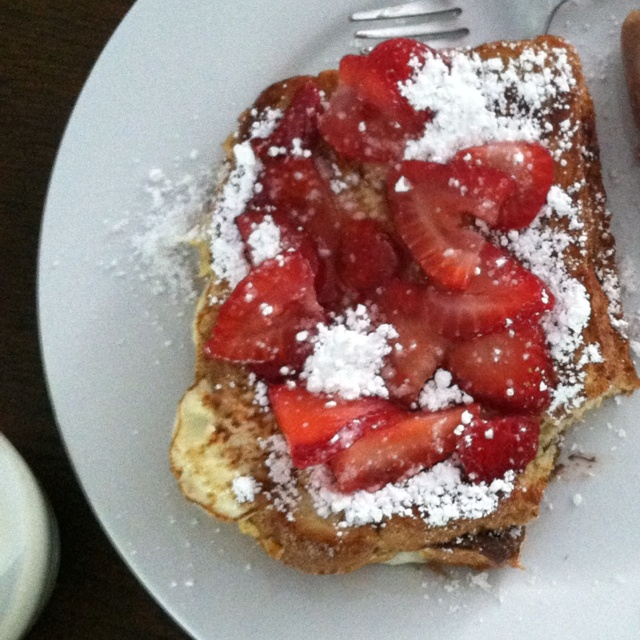 Nutella stuffed French toast! | Recipes/Food I want to try | Pinterest