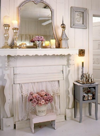 Romantic country rustic fireplace decorating pinterest for Deco murale shabby chic