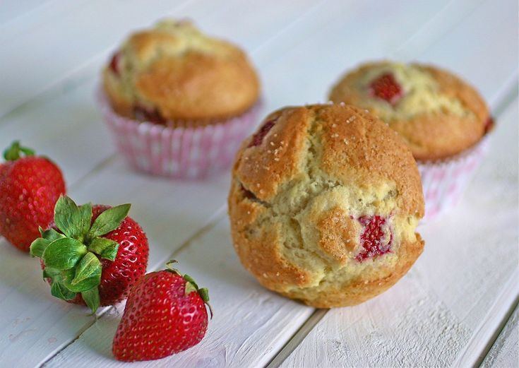 Strawberry Muffins | recipes | Pinterest