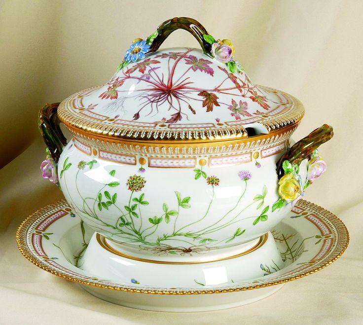 """Flora Danica"" tureen from Royal Copenhagen."