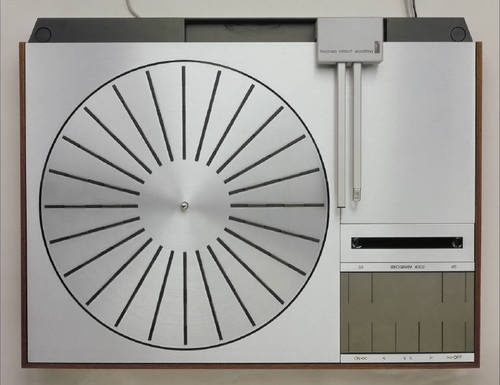 B&O; JAKOB JENSEN, BEOGRAM 4002 TURNTABLE: can you imagine having a #turntable that looked so good, it could be wall art? #jakob_jensen #electronic