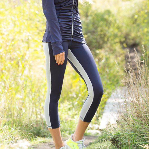 Albion Tuxedo Capri workout pants... love!