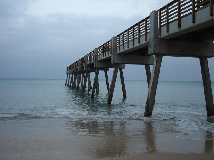 Vero beach pier for Crafts and stuff vero beach