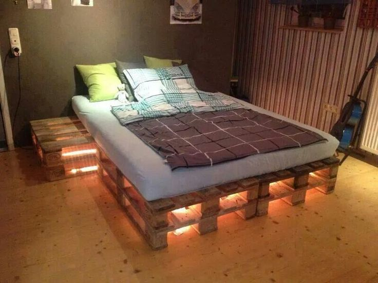 Pallet bed no instructions creative ideas pinterest for Pallet bed frame instructions